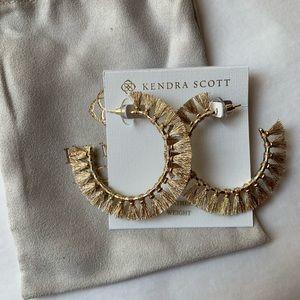 Kendra Scott Evie Gold Hoop Earrings In Gold